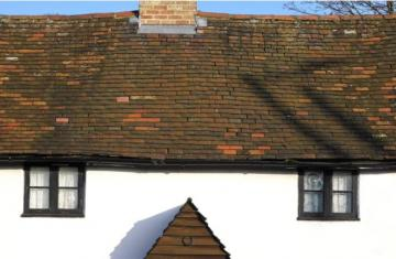 signs your roof needs to be replaced
